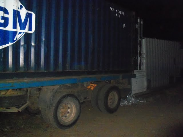 2nd Container Offloading - jan9%2B171.JPG