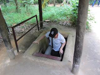 0103Cu_Chi_Tunnels