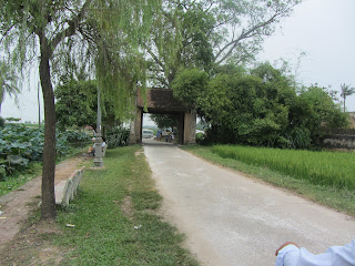 0017Duong_Lam_Village