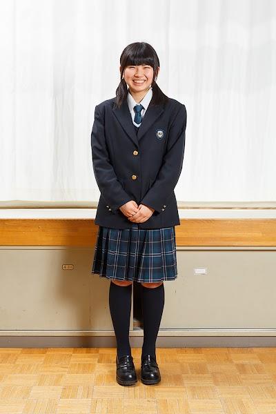 上田西高等学校の女子の制服2