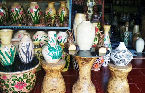 Sejarah Panjang Kerajinan Keramik Plered » Kampoong Informasi 72ec0dff27