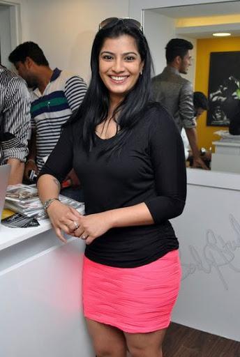 Varalaxmi Sarathkumar Wiki