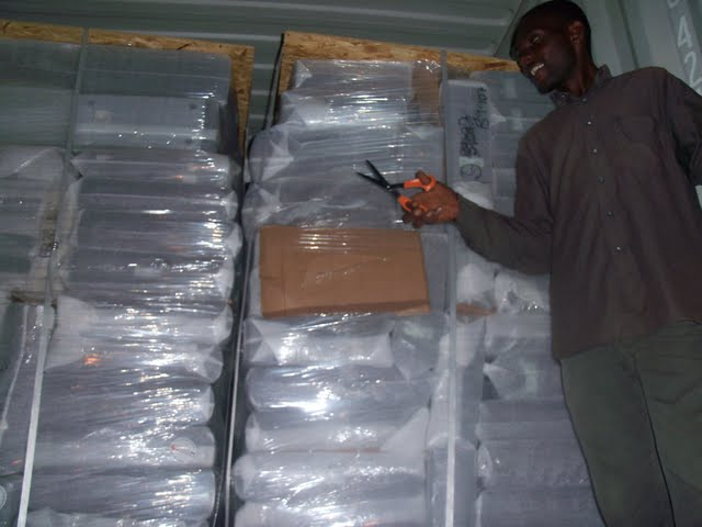 2nd Container Offloading - jan9%2B083.JPG