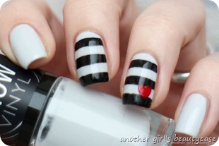 Nailartapr Challenge Pop of color heart nautical black and white nailart nail  art__thumb