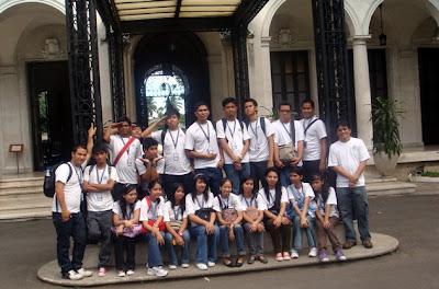 March 18: Outside Malacanang Palace Gardens