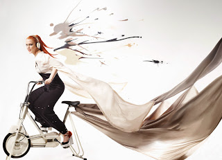 Application_Anna Frost_MOMENTUM On-Ear Ivory 2