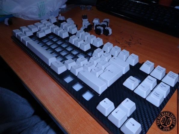 Hackeyboard placing switches and keycaps