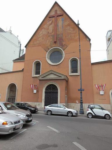 Fachada iglesia de los Capuchinos