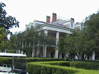 1560A_Southern_Mansion_-_New_Orleans