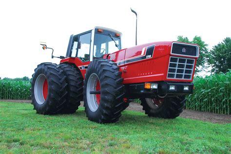 Big, Bad and Ugly: 1980 IH 3788 2+2 - Diesel World