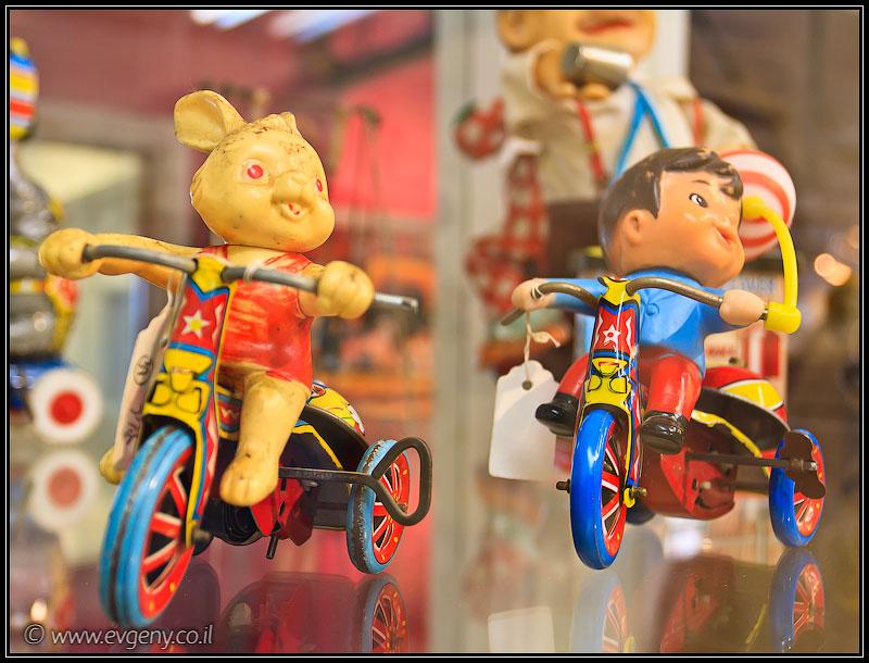 Фото: Выставка игрушек в Тель Авиве