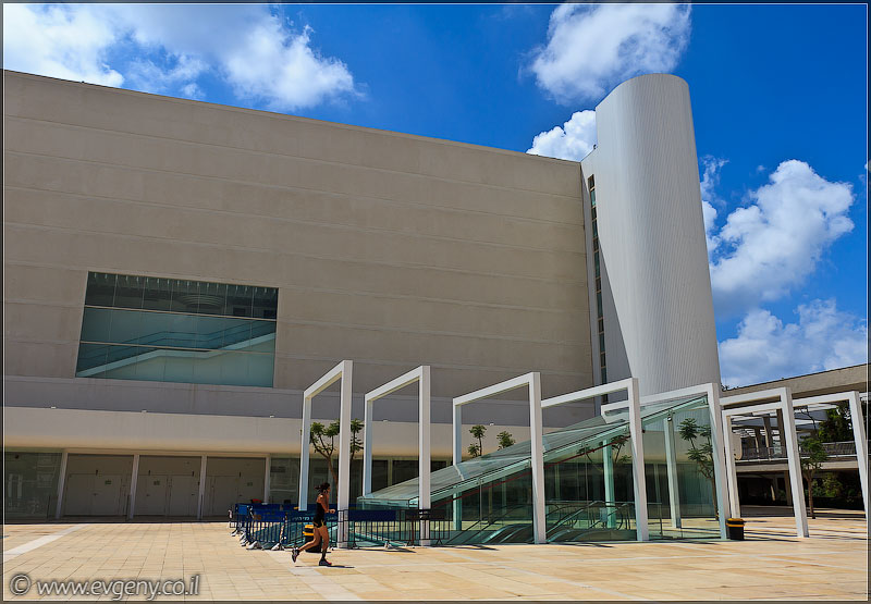 Фото: Тель Авив: Театр Габима. Версия 2.0