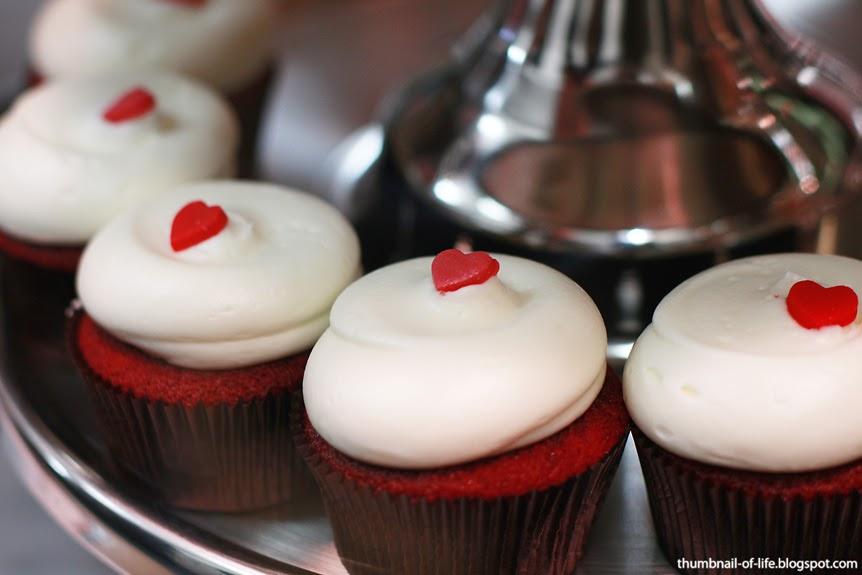 Thumbnail Of Life: Georgetown Cupcake