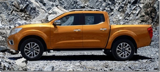 nissan_np300_navara_double_cab_th-spec_4