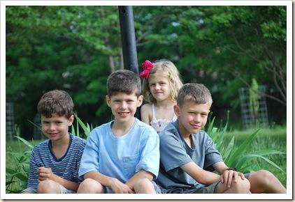 4 sweet kids