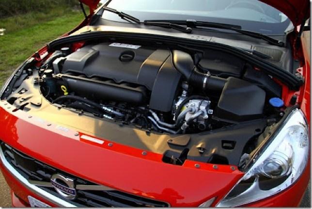 Volvo V60 T5 R-Design 2013 (18)