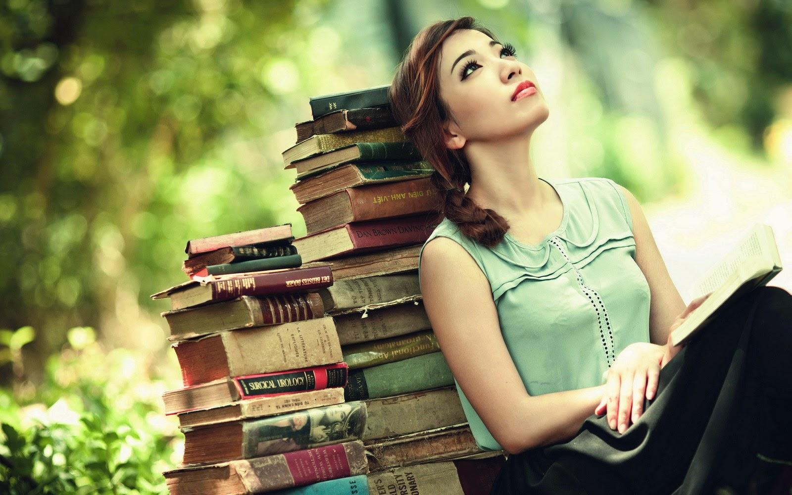 Αποτέλεσμα εικόνας για girls reading books