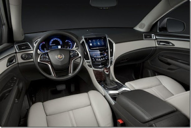Cadillac SRX 2013  (1)