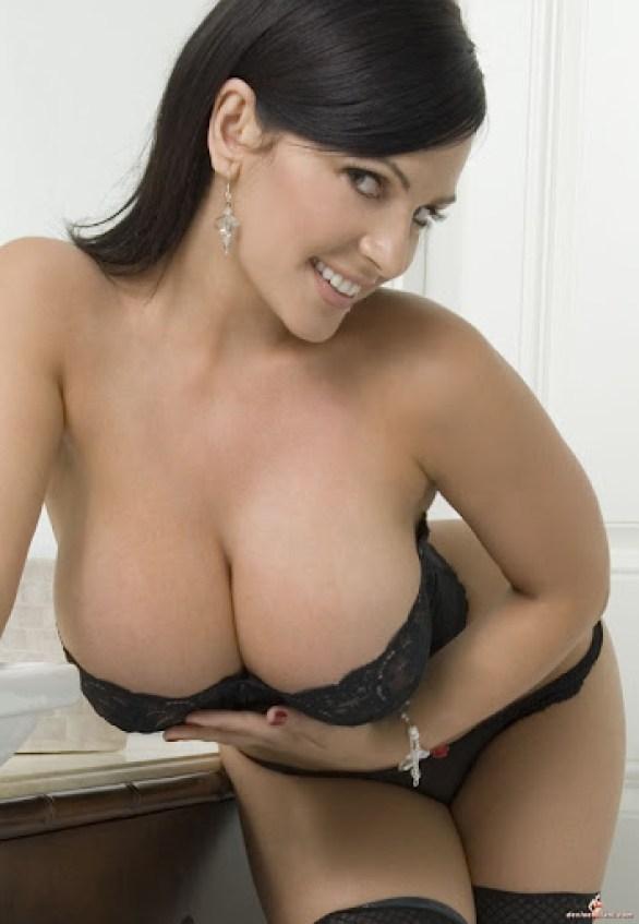 Denise Milani 5