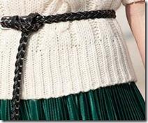 mc-saia-verde-blusabranca-cintopreto