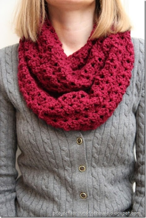 Crochet Double V Stitch Quick Infinity Scarf Free Pattern