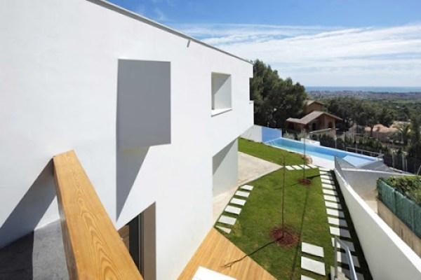fachada-minimalista-casa-en-españa