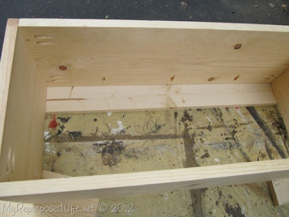 repurposed crib toybox bench (25)
