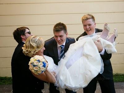 porocni-fotograf-wedding-photographer-poroka-fotografiranje-poroke- slikanje-cena-bled-slovenia-ljubljana-bled-hochzeitsfotografho (81).jpg