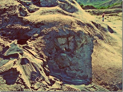 mud_volcano_03
