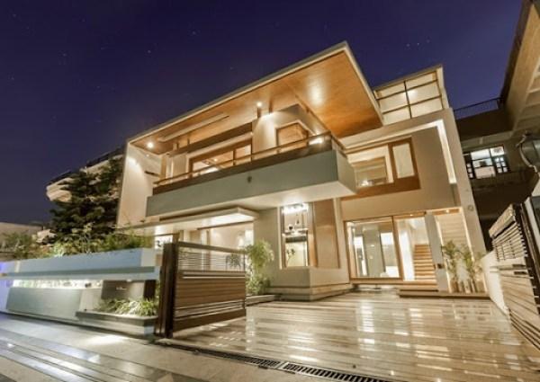 arquitectura-contemporánea-Twin-Courtyard-House-diseñada-por-Charged-Voids