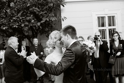 porocni-fotograf-wedding-photographer-poroka-fotografiranje-poroke- slikanje-cena-bled-slovenia-ljubljana-bled-hochzeitsfotografho (74).jpg