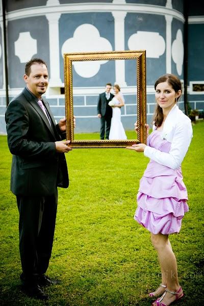 porocni-fotograf-wedding-photographer-ljubljana-poroka-fotografiranje-poroke-bled-slovenia- hochzeitsreportage-hochzeitsfotograf-hochzeitsfotos-hochzeit  (173).jpg