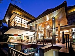 casa de lujo terraza con piscina