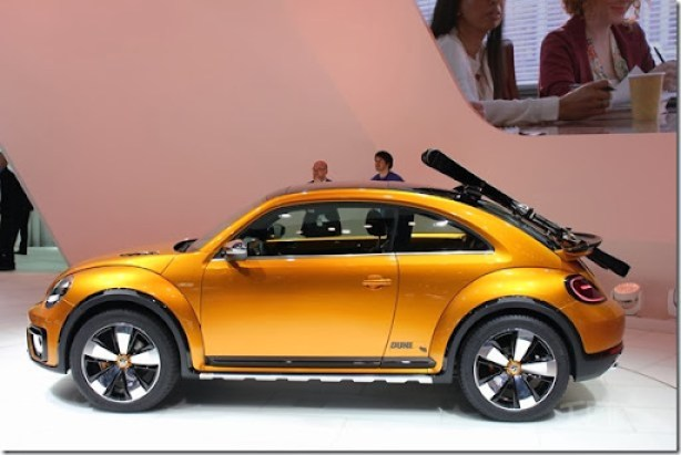 2014-VW-Beetle-Dune-Concept-at-2014-NAIAS-side