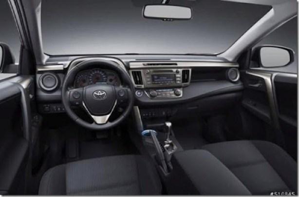 2013-Toyota-RAV4 (2)