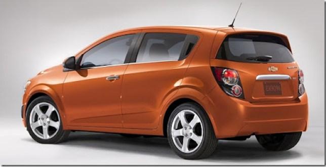 Chevrolet-Sonic_2012_1600x1200_wallpaper_05