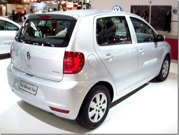 Volkswagen Fox BlueMotion 2013 (1)
