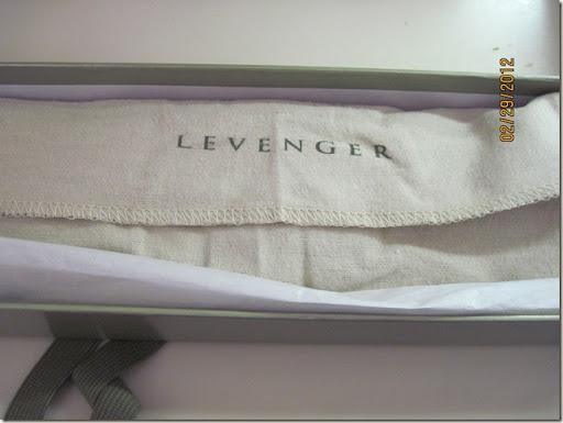 Levenger 004