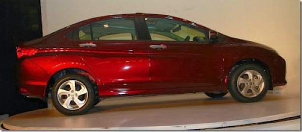 New-Honda-City-side-view-right