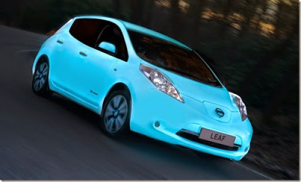 nissan-glow-in-dark-5