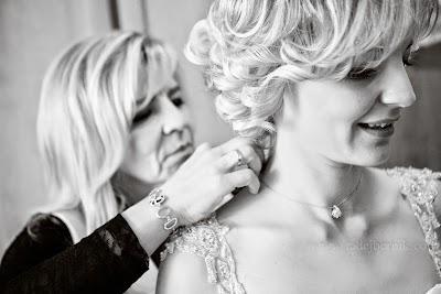 porocni-fotograf-wedding-photographer-poroka-fotografiranje-poroke- slikanje-cena-bled-slovenia-ljubljana-bled-hochzeitsfotografho (34).jpg
