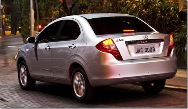 jac_motors_J3_turin_ext_001