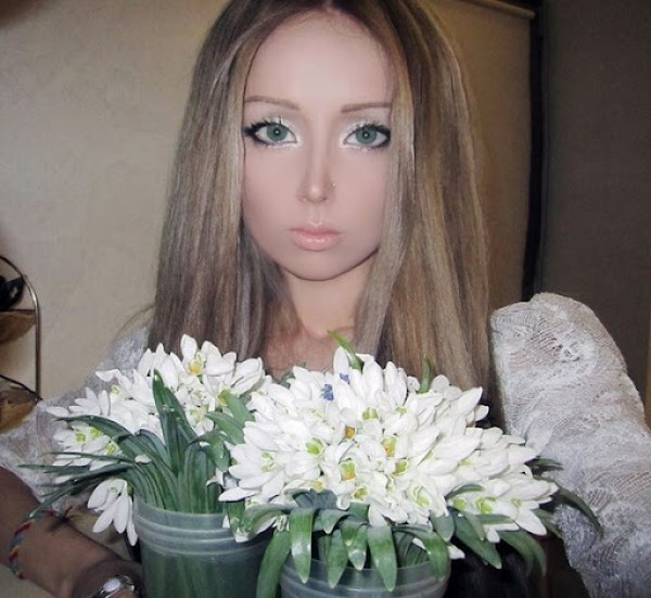 Valeria Lukyanova 23