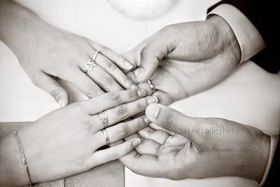fotozate@tadejbernik.com-porocni-fotograf-destination-wedding-photographer- bride-groom-slovenia-ljubljana-fotografiranje poroke (7).jpg