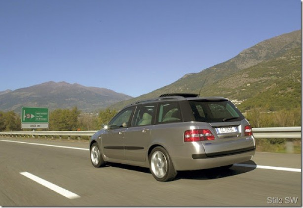 Fiat-Stilo_Multi_Wagon_Dynamic_2002_1600x1200_wallpaper_10