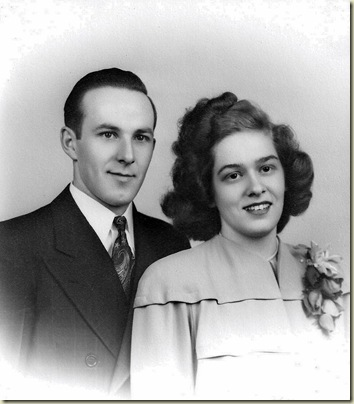 03 Ray & June Olmsted married 1-3-1947 (896x1024)