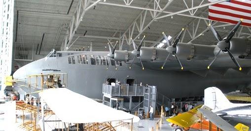 Hughes H 4 Spruce Goose Construction