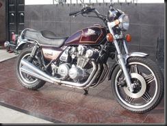honda-cb-900-custom-