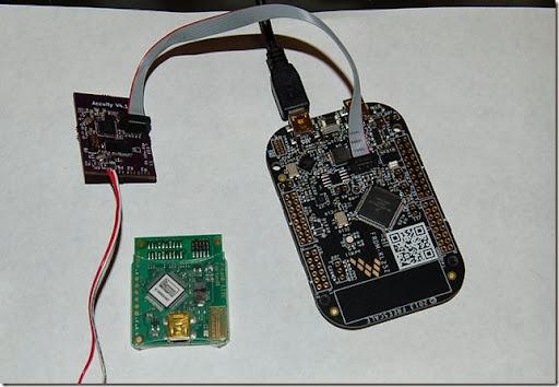 FRDM-KL25Z debugging the nRF51422-DK (Source: Keith Wakeham)