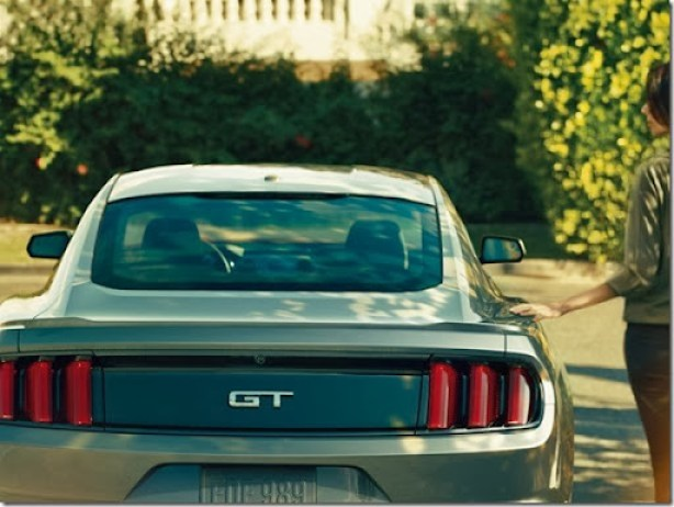 2015-Ford-Mustang-Photos-23[2]